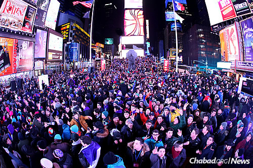 Times Square 2015 (Photo: Bentzi Sasson)