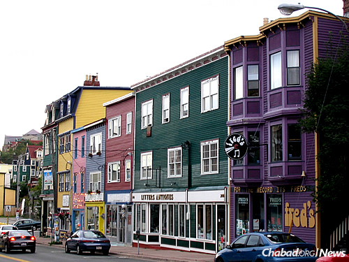 The historic and colorful Water Street in St. John's (Photo: Wikimedia Commons)