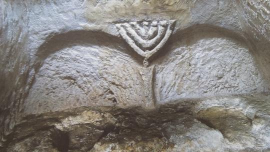 Jewish_Catacomb_Malta_2-2.jpg