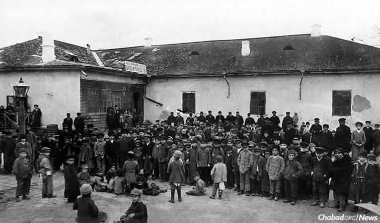 Cheder students in Zhitomir, Ukraine, circa 1917. Nearly 80 years later, Rabbi Shlomo and Esther Wilhelm arrived there, founding Chabad-Lubavitch of Zhitomir in 1994.