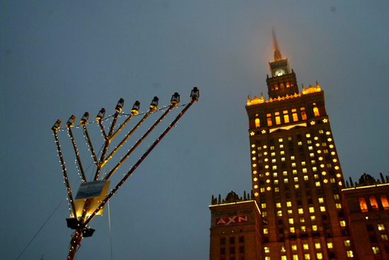 Warsaw, Poland - Publicizing the Chanukah Miracle