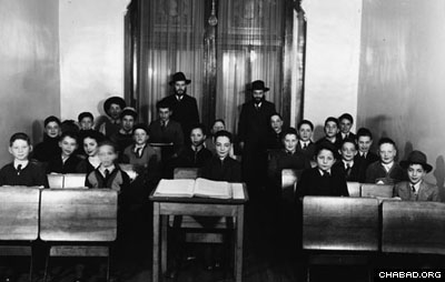 Students at the new Lubavitch school in Montreal, Canada, in 1942. Rabbi Greenglass was from the founding members of the Lubavitch institutions in the country. (photo courtesy of the Kramer family)