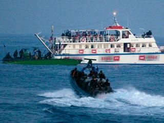 rt_israel_flotilla_02_100601_mn.jpg