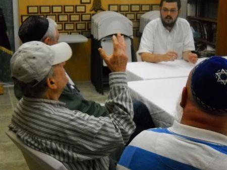Giving a Torah class in Surrey.