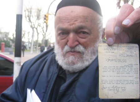This man carries his letter from the Rebbe wherever he goes.
