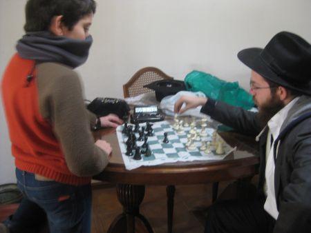 Dovber trying his best against Gabi.