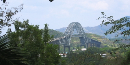 Spanning the Panama Canal. Photo credit: Dirk van der Made