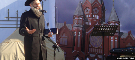 Rabbi David Shvedik addresses the groundbreaking ceremony for a new synagogue in Kaliningrad, Russia.