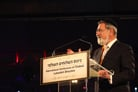 Chief Rabbi Sacks' Highlights Rebbe's Inspiring Charge