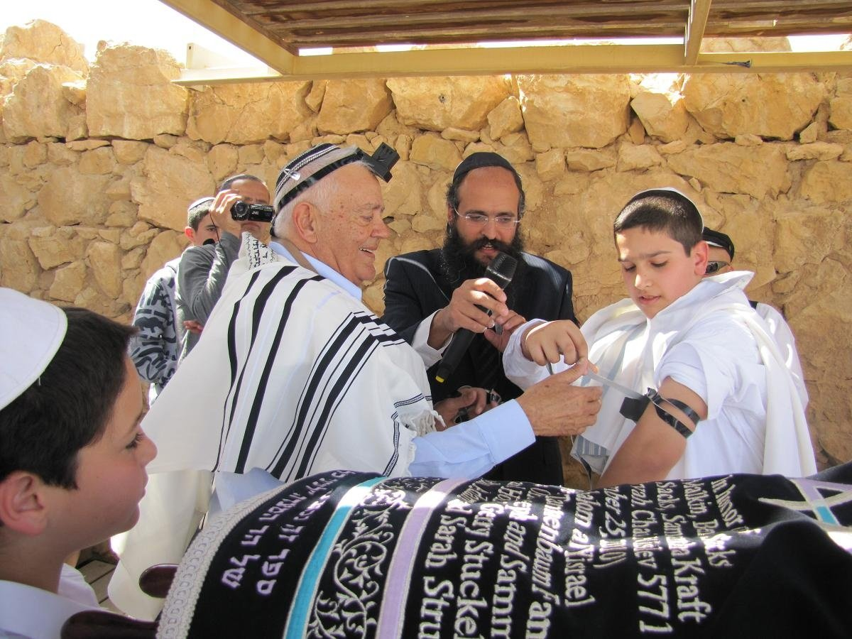 bar mitzvah on masada 4.JPG