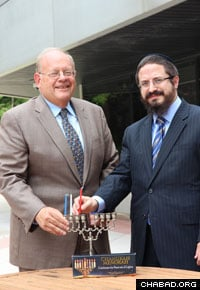 Attorney Roger Jacobs with Rabbi Zalman Grossbaum