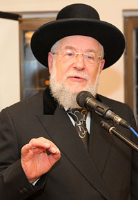 Rabbi Yisroel Meir Lau, Israel's former chief rabbi, salutes the magazine.