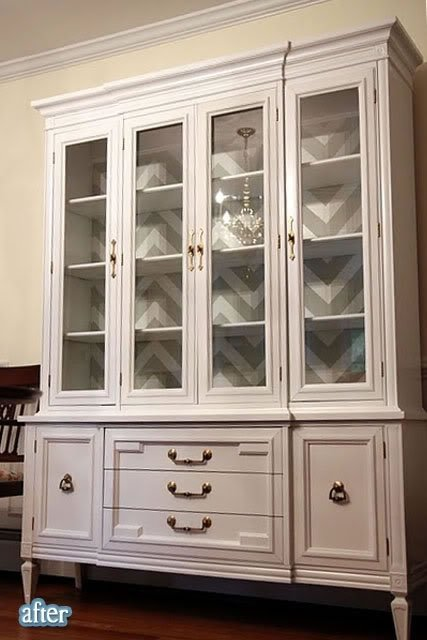 Fabulous dining room decor on a dime how to make a for Painted dining room hutch ideas
