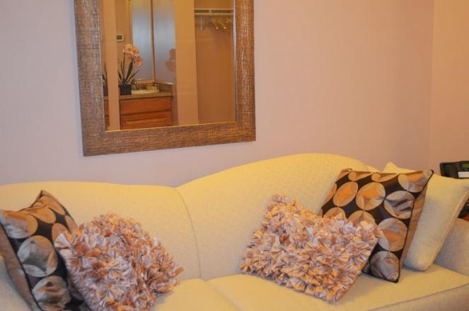mikvah_entry room.JPG