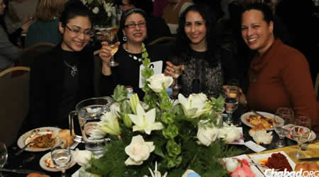 Women from the Sephardic and Chabad communities together at the Moroccan feast.