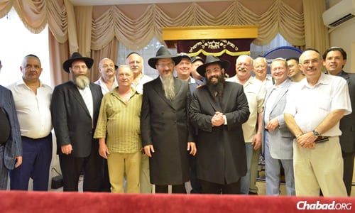 Rabbi Ari Edelkopf, center right, alongside Rabbi Berel Lazar, the chief rabbi of Russia, and Jewish community leaders.