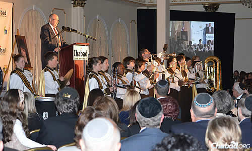 A marching band kicked off the 10th Annual Chabad Founders Dinner of Chabad Lubavitch of Camden & Burlington Counties in New Jersey on June 11. (Photos: Rina Shochat)
