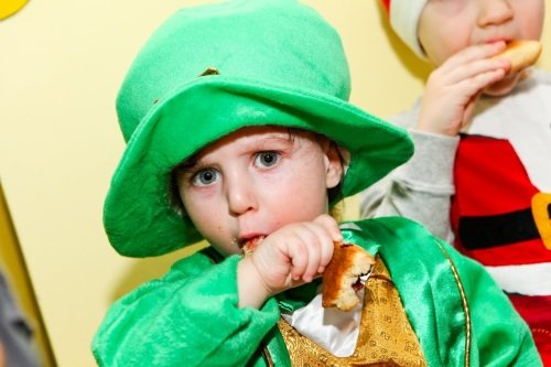 A Purim play put on by the kindergarten children