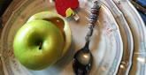¿Por qué comemos manzana y miel?