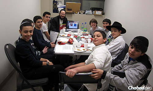 Rabbi Levi Raskin has been leading a JLI Teens course in the Montreal suburb of Cote St. Luc for the last two years.