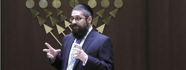 Torah Classes: A Royal Encounter Not to Be Missed!