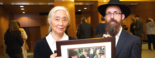 The Arts: View From Within: Photos Documenting Chassidic Community