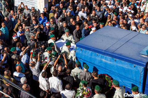 Thousands attended the funeral of slain Israeli Border Police officer Jedan Assad in the northern Druze village of Beit Jann. (Photo: Flash90)