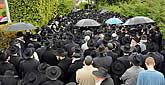 Kfar Chabad Bids Farewell to Rabbi Mordechai Shmuel Ashkenazi