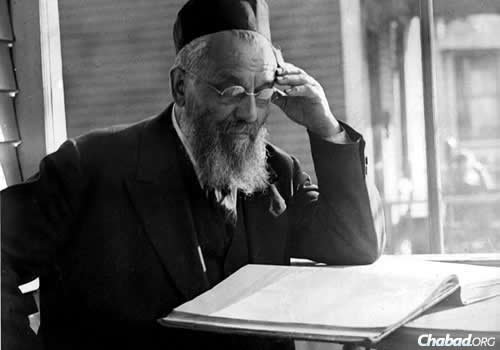 Rabbi Benjamin Papermaster, born in Lithuania, arrived in North Dakota in 1890, where he served the majority of his career as chief rabbi of Grand Forks, N.D., until his passing in September 1934. (Photo: Kevarim.com)