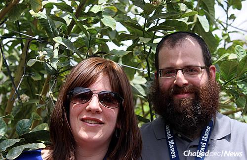 Rabbi Tzvi and Sarah Schectman, family coordinators of the Friendship Circle of Michigan