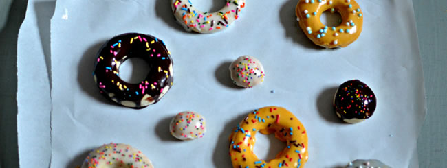 Cook It Kosher: How to Decorate Doughnuts Like a Pro
