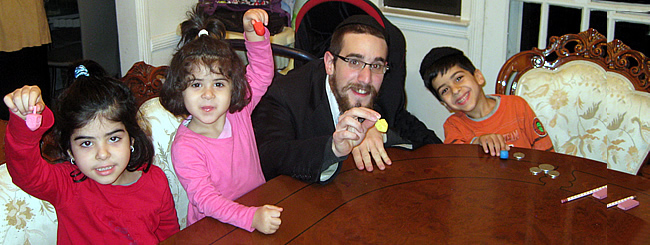 Jewish News: Chanukah Comes Home for Public-School Kids in New York