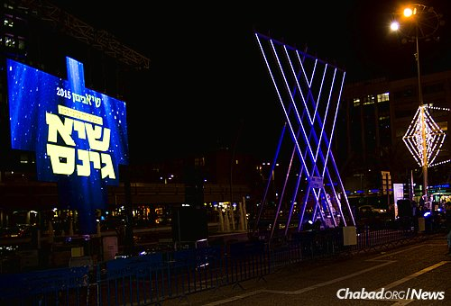 Lighting up the night with the miracles of Chanukah. (Photo: Meir Alfasi)