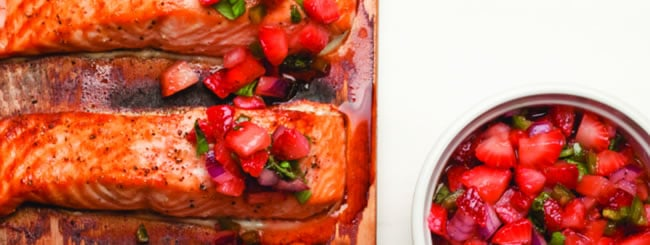 Cook It Kosher: Cedar-Planked Salmon and The Silver Platter Review & Giveaway