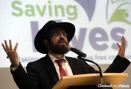 Rabbi Aryeh Lang, director of the Chabad Jewish Center of Camarillo, Calif.