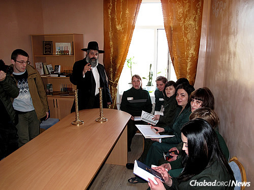 saint petersburg jewish single men Jewish holidays lifelong learning  mitzvah men's club women's league (sisterhood)  congregation b'nai israel of st petersburg: june 22 6:30 pm: pride.