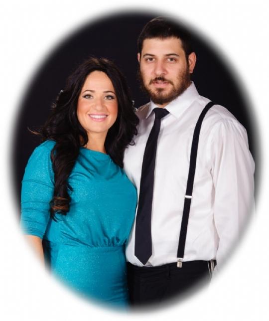 Rabbi Shmuli and Chana Novack.jpg