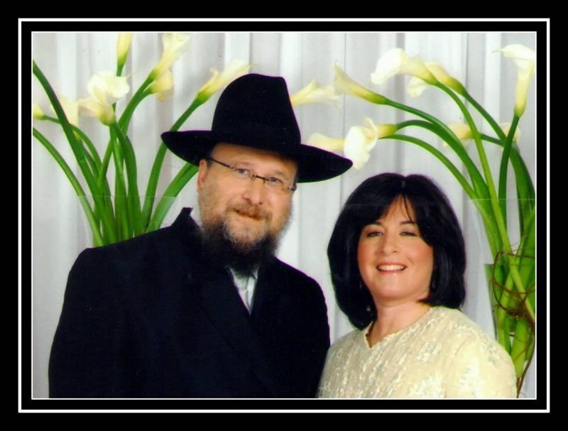 rabbi and rivkie-001.jpg