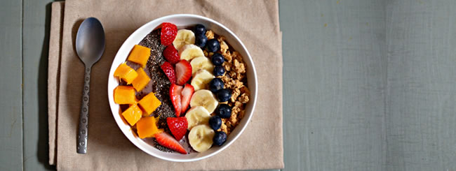 Cook It Kosher: Refreshing Blueberry Smoothie Bowl