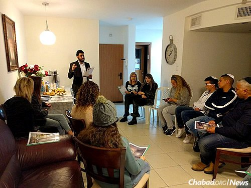 Teens get an update in Ashkelon, Israel, about the Shabbaton. As many as 75 young Israelis are flying to New York. (CTeen Photo)