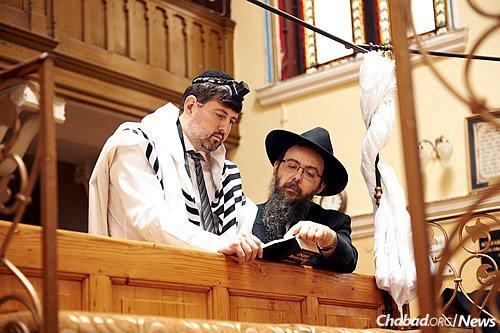 After Szegedi discovered that he was Jewish, the rabbi helped him embrace his heritage. (Photo: Kino Lorber)