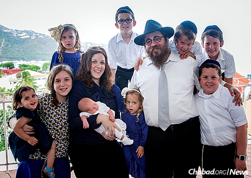 The Federman family: The rabbi and his wife, Henya, and their nine children