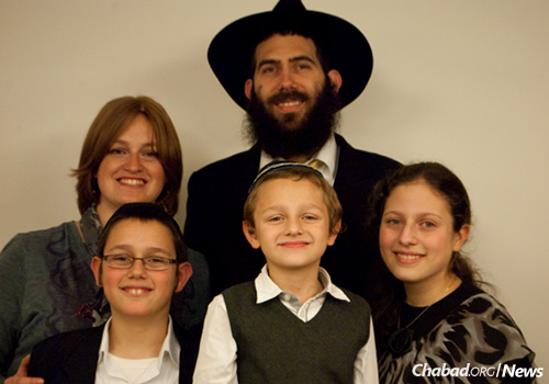 Rabbi Mendel and Nehama Hendel, co-directors of Chabad Lubavitch of Athens, Greece, and their children