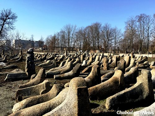 """The gravestones in the Jewish cemetery in Berdichev, unlike those seen anywhere else, have for generations been called """"valenki"""" for the Russian winter boot of similar shape."""