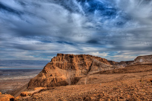 The ancient fortress of Masada overlooks the Dead Sea (Photo: Avinoam Michaeli)
