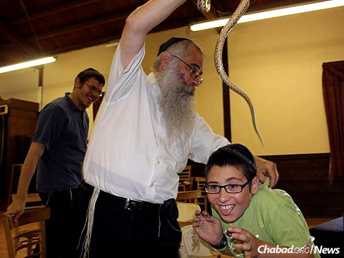 Lessons came alive, quite literally, in class (Photo: Lubavitch Educational Center)