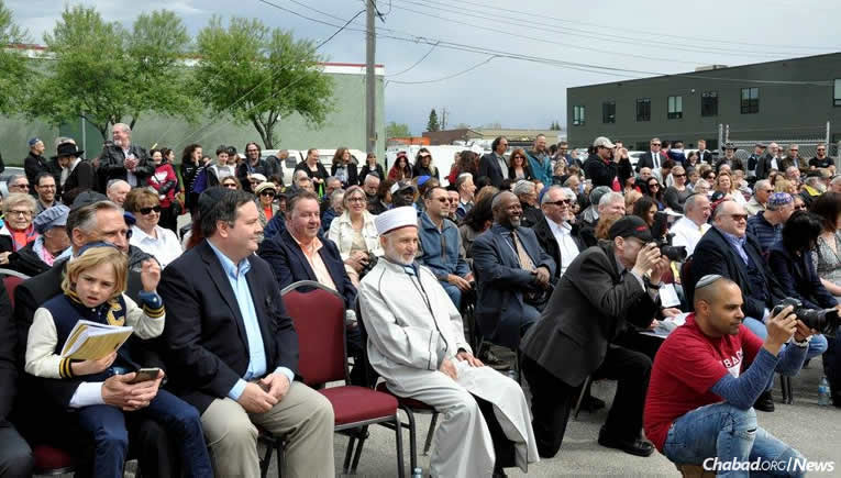 More than 700 people attended the grand opening of the new Chabad-Lubavitch of Alberta in Calgary and enjoyed Lag BaOmer festivities.