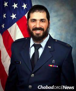 Rabbi Elie Estrin