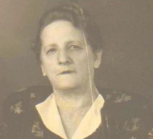 Dinah Paley-Chigrinsky. Early 1950s, Ukraine. (c) The Rogatchi Archive.