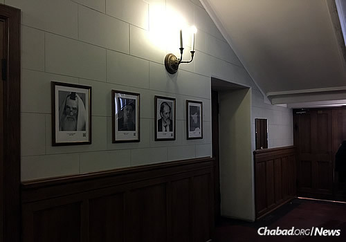 Portraits of Moscow's Chassidic heroes line the entrance hall of the Choral Synagogue, leading to the small room that once served as their base. (Photo: Dovid Margolin/ Chabad.org)